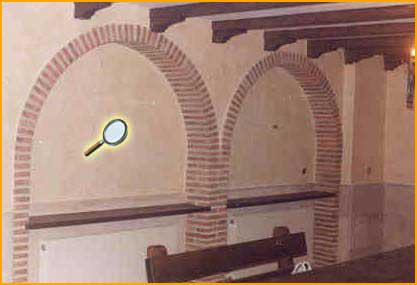 Columnas de ladrillo rustico casa manantiales casas de for Arcos de ladrillo rustico
