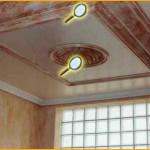 Impresionante techo de alta decoración. -techo drapeado fino -cornisa y cúpula marmolizados -paredes con revestimiento esfumino